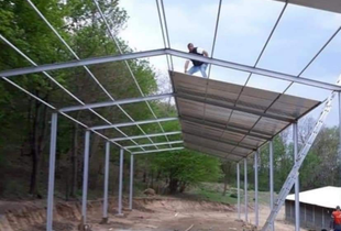 Vând structura metalica 15x25