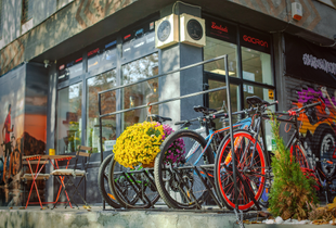 Cafenea/Hub Biciclisti de vanzare